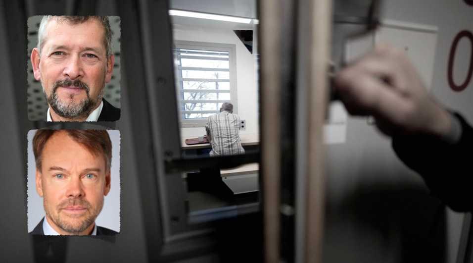 Sverige får återkommande kritik för isolering i häkte. Vi kan göra mer för de mest utsatta, men inte lösa hela problemet, skriver generaldirektör Nils Öberg och riksåklagare Anders Perklev. Kriminalvården och Åklagarmyndigheten fördjupar nu samarbetet för att bryta isoleringen.