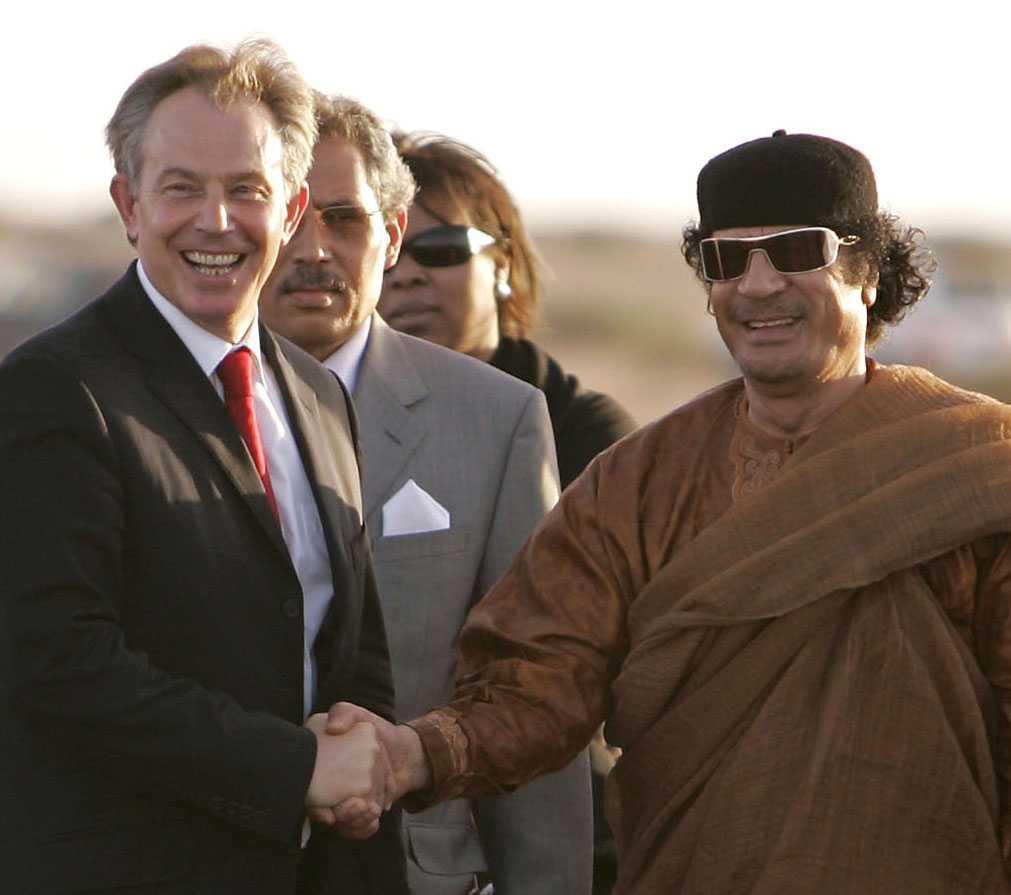Storbirttaniens före detta premiärminister Tony Blair på besök hos Muammar Gaddafi i Libyen 2007.