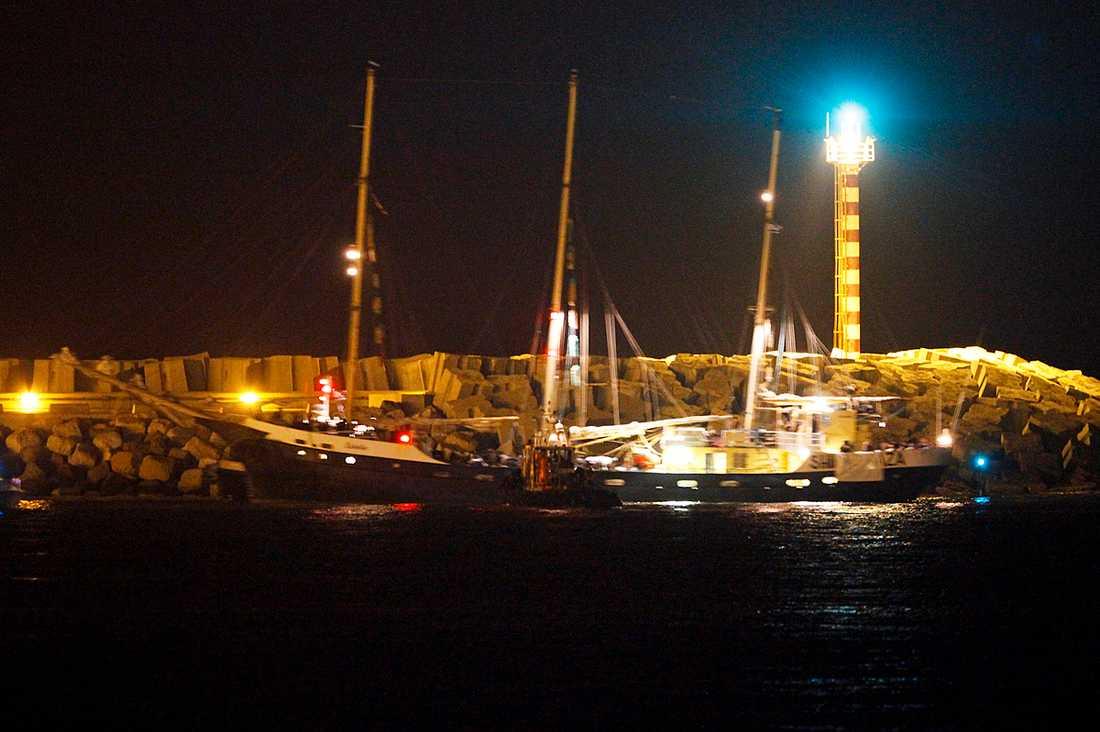 Estelle ligger för ankar i Ashdods hamn.