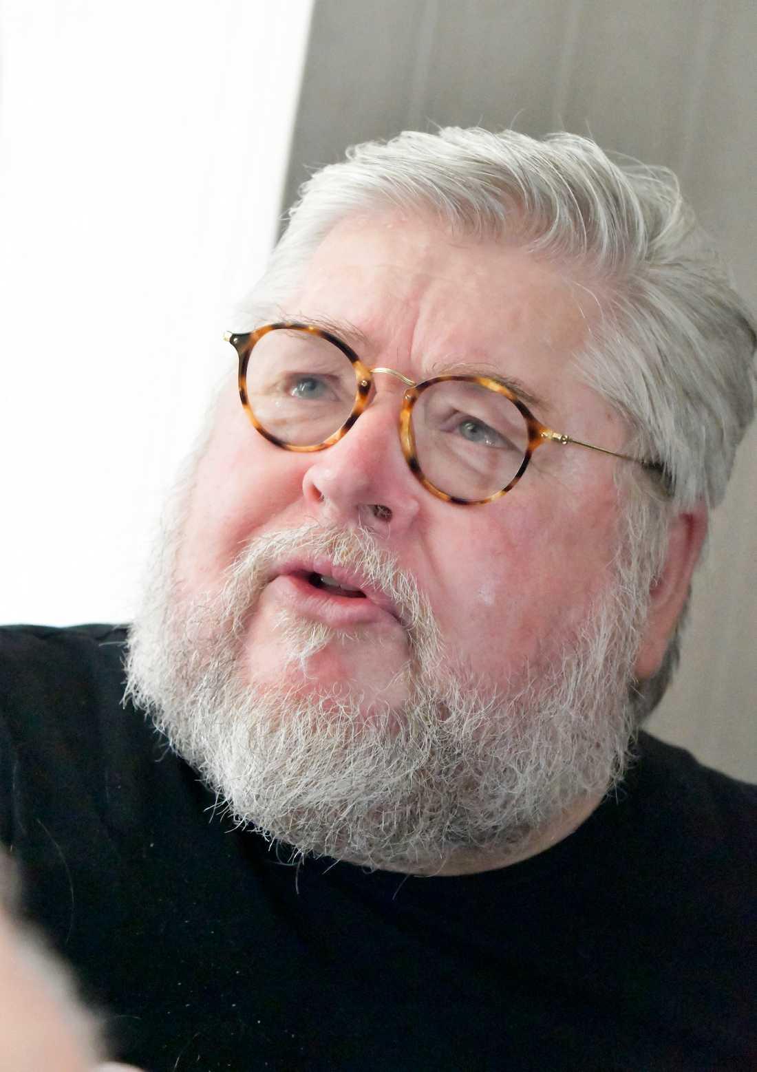 Peter Harryson.