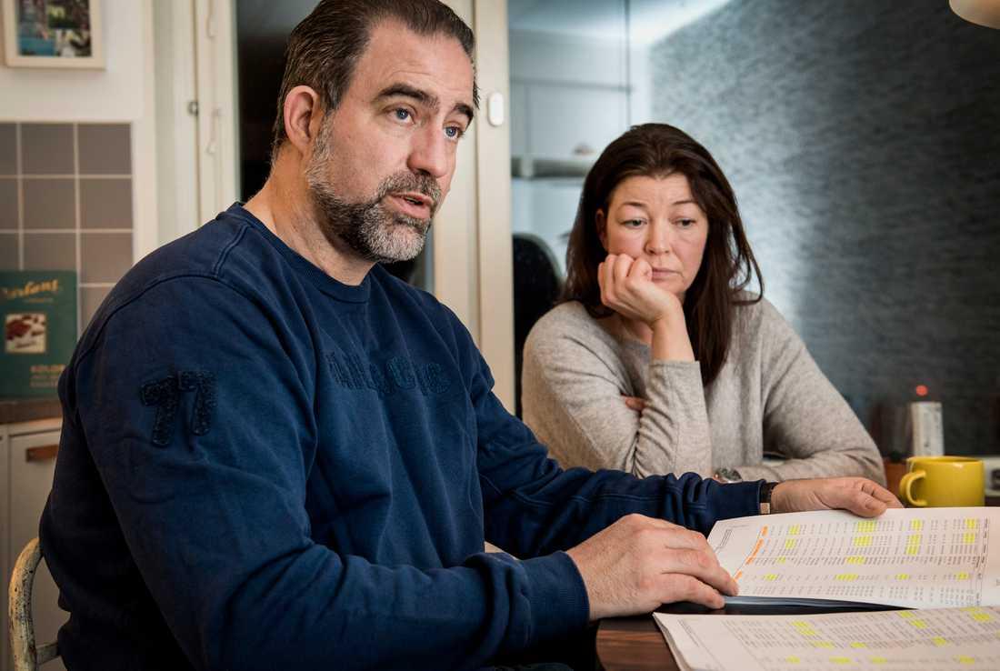 """""""Vi menar att vår faster blivit lurad, att hon råkat ut för en sol- och vårare"""", säger Kristian von Pálffy, brorson till den 88-åriga kvinnan, sedan hennes behandlande läkare fått 15-miljoner kronors villan i gåva. Här med hustrun Jessica."""