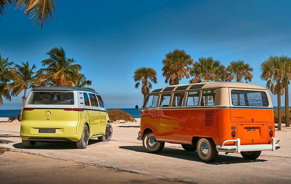 1950 lanserades originalet (till höger). 2022 börjar den nya versionen säljas.