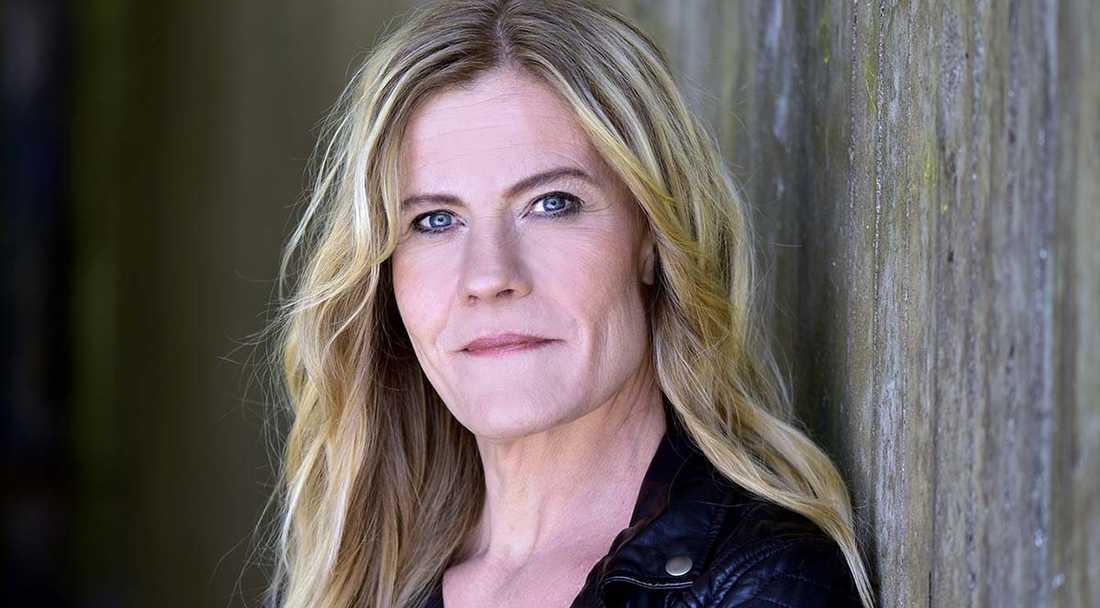 """Krimjournalisten Tina Frennstedt bokdebuterar med """"Cold case: försvunnen""""."""