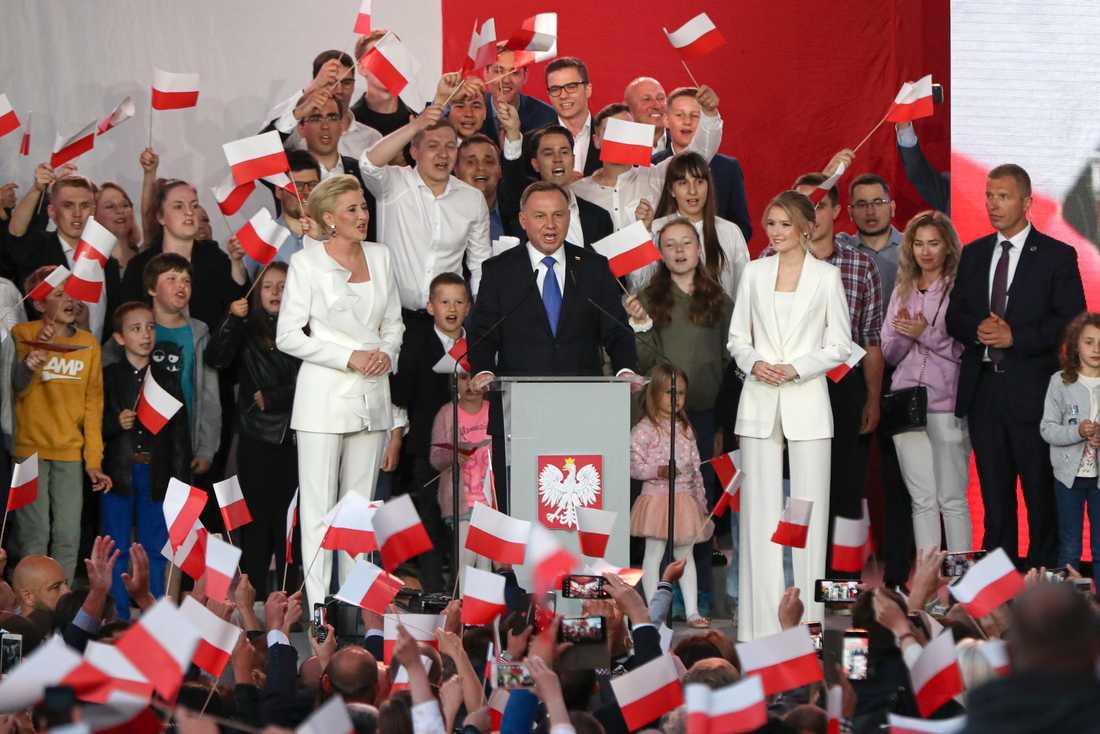 Den sittande presidenten Andrzej Duda vann Polens presidentval mycket knappt.