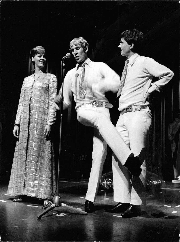 Lill Lindfors, Anders Linder,och Robban Broberg på Berns salonger i Stockholm, 6 september 1967.
