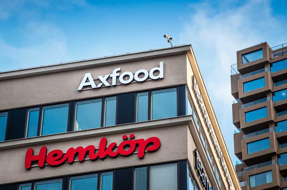 Axfood driver en rad butikskedjor i Sverige. De felaktigt märkta kakorna har sålts i flera butiker. Arkivbild.
