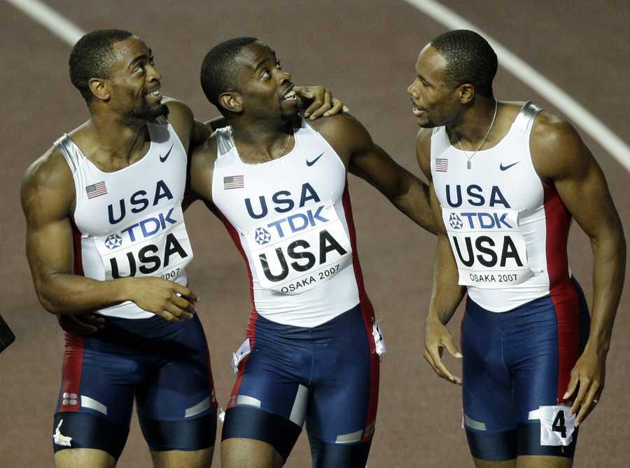 ...stafettguld på 4x100 meter med det amerikanska laget.