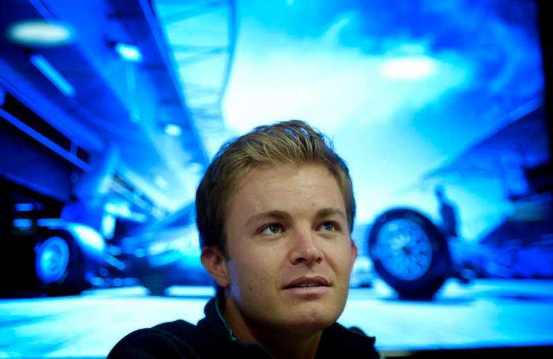Vänskaplig kamp Nico Rosberg leder VM – men går en hård fajt mot teamkamraten Lewis Hamilton. Mercedes har beslutat att förarna ska få konkurrera helt utan teamorder.