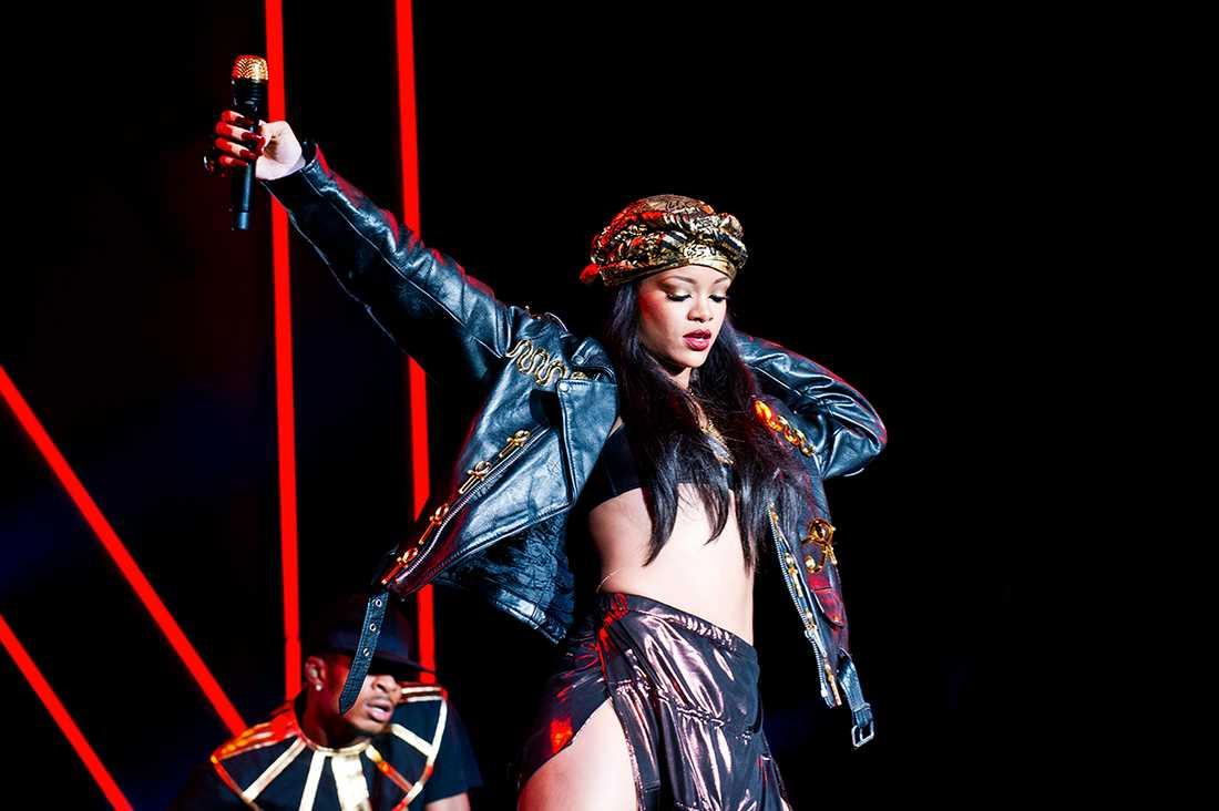 Rihanna, 2012.