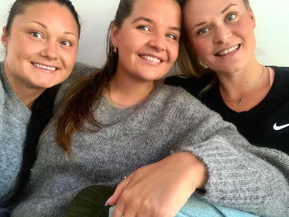Svenska Ebba, Julia och Emilia.