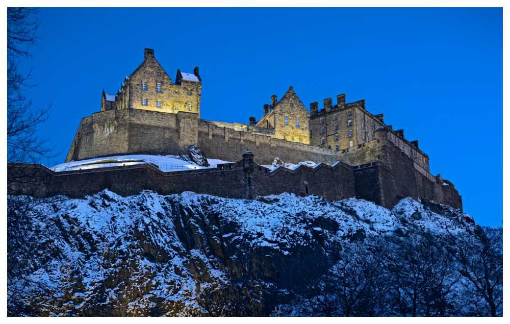 Historiska slottet Edinburgh sägs inhysa en mängd gastar och spöken.