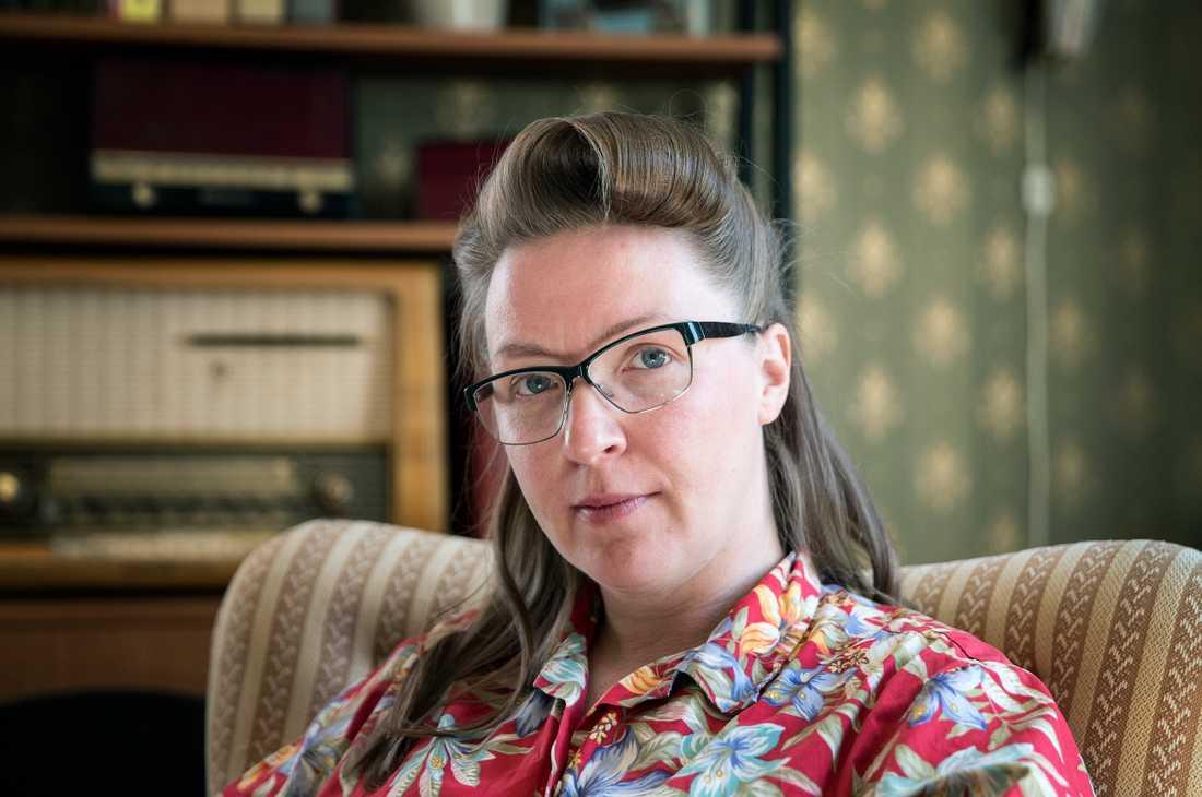 """Jenny Aakula startade det öppna forumet """"Våga vägra förlossningsskador"""" på Facebook. Hon har medverkat i TV och skrivit flera debattartiklar i Aftonbladet för att uppmärksamma förlossningsskadorna och bilda opinion."""