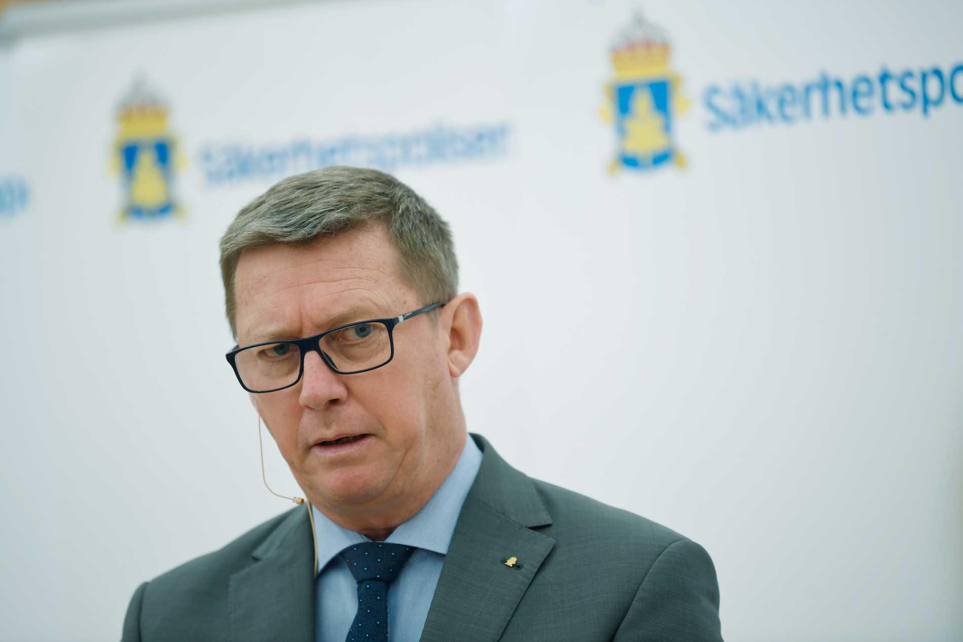 Säkerhetspolisens chef Klas Friberg vill att myndigheten ska kunna få läsa krypterade chattar. Arkivbild.