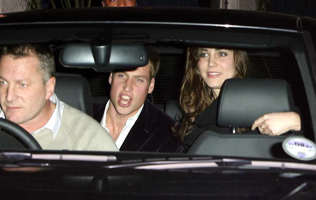 TAPPAR HUMÖRET TAPPAR HUMÖRET William får ett ilskeutbrott när han och fästmön Kate lämnar Embassy Club i London.