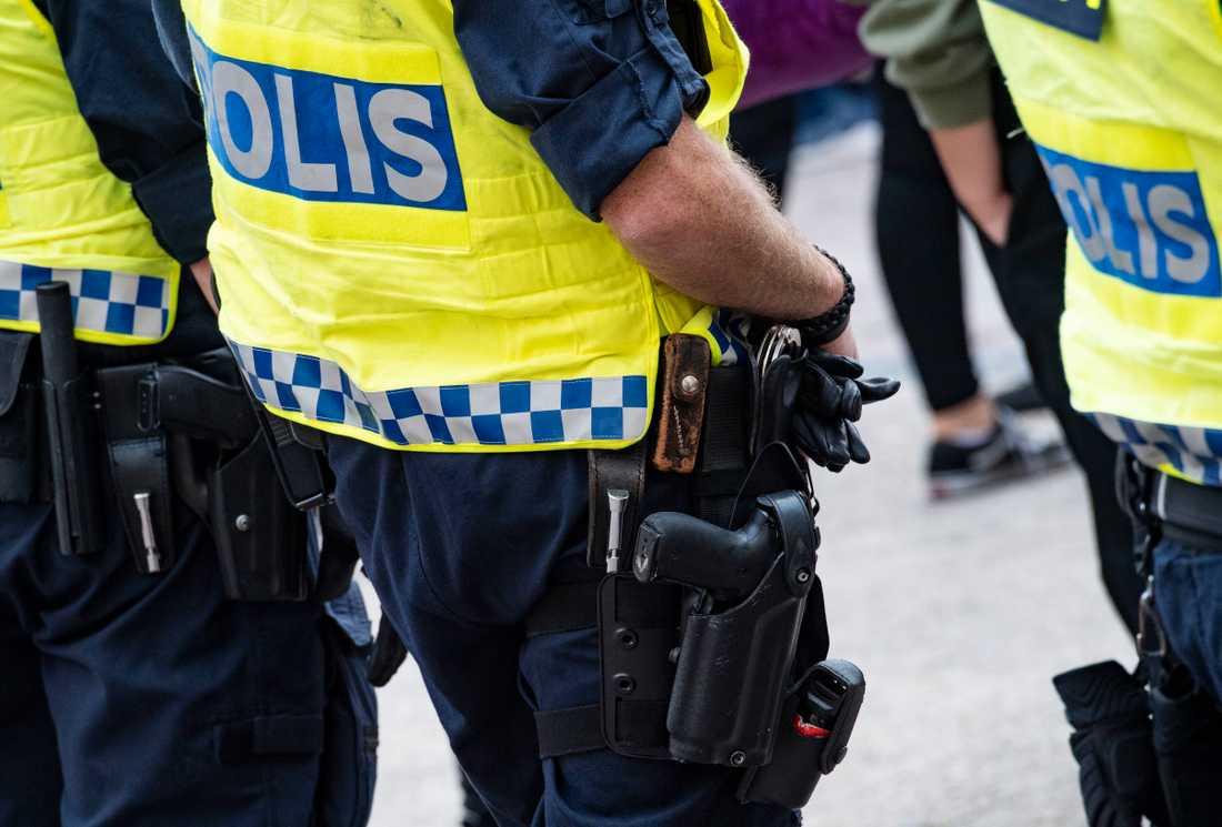 Polisen har coronaläget under kontroll, enligt inrikesminister Mikael Damberg (S). Arkivbild.