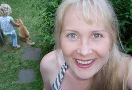"""Linda Mattsson: """"En dag plockade jag ena ögonbrynet för att två dagar senare slutföra jobbet."""""""
