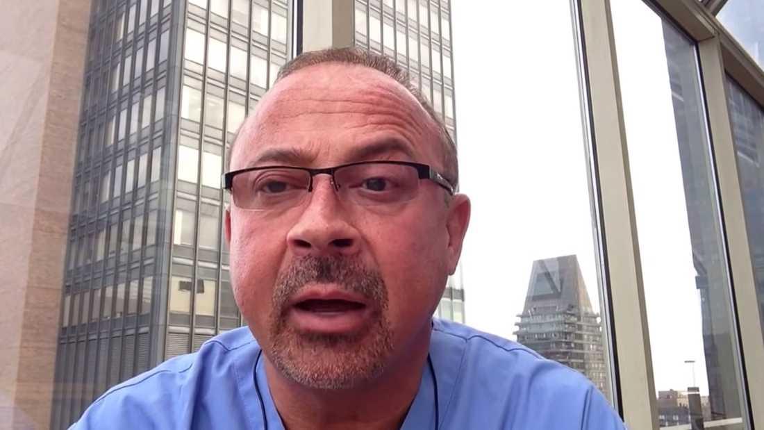 Läkaren Frank Gabrin brukade spela in Youtube-videor där han berättade om sitt jobb.