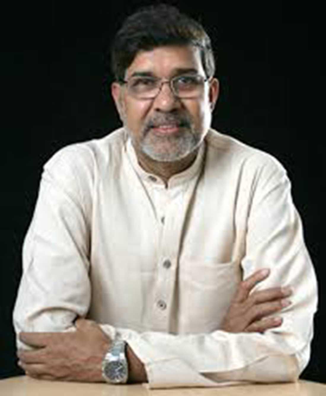 Kailash Satyarthi delar på fredspriset med Malala Yousafzai. Han har varit aktiv i kampen mot barnarbete sedan 1990-talet och driver bland annat organisationen Bachpan Bachao Andolan som jobbar med att befria barn från slavliknande förhållanden.