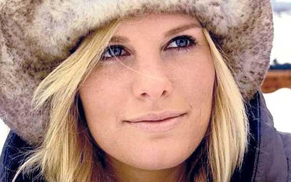 """""""madeleine förtjänar att få veta sanningen"""" Tora Uppstrøm Berg, 21, berättade i går i norska Se og hør om sin affär med Jonas Bergström. De ska ha träffats utanför en nattklubb i Åre i april förra året och lämnat stället tillsammans i taxi. """"Vi hade en affär på hotellet"""", säger hon till tidningen. Först morgonen därpå förstod Tora att han var prinsessan Madeleines pojkvän."""