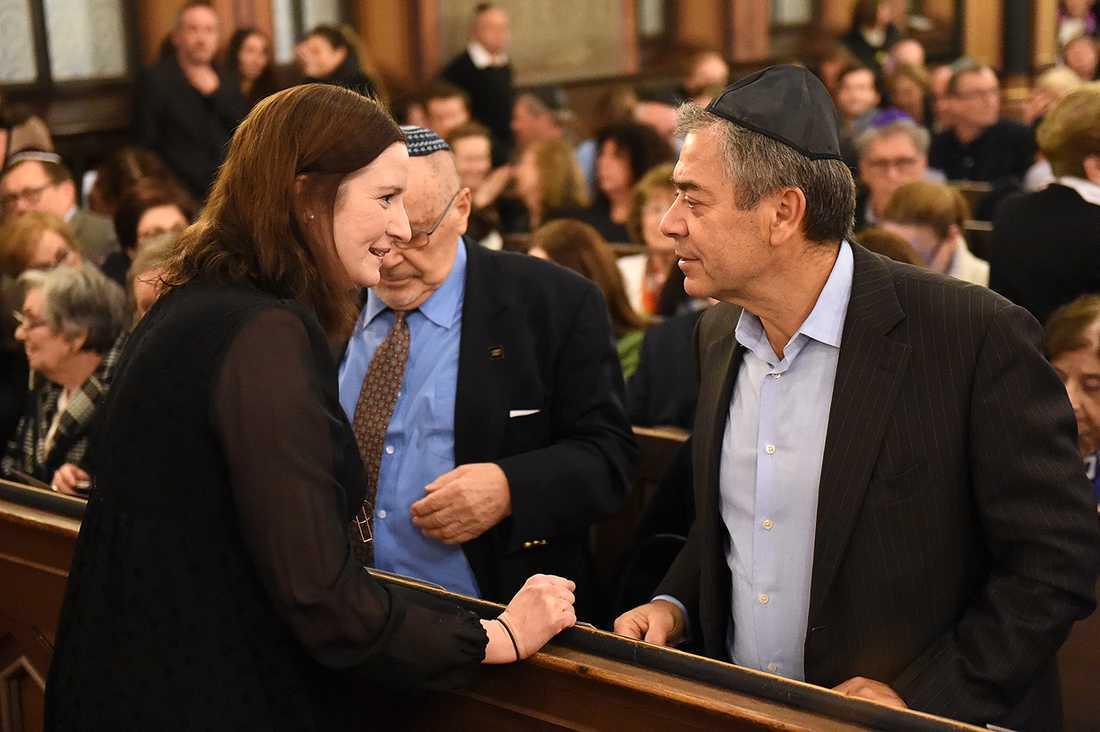 Birgitta Ohlsson (FP) och Göran Rosenberg. Stefan Einhorn i bakgrunden.