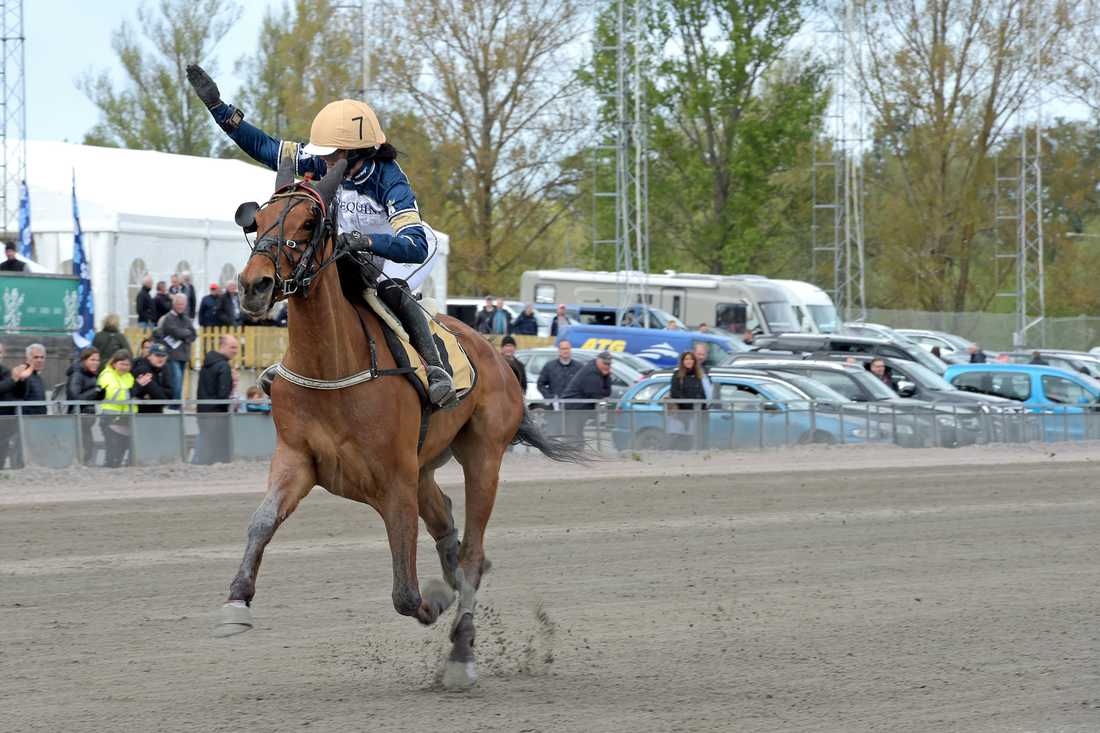 Sofia Adolfsson vinner med Assault