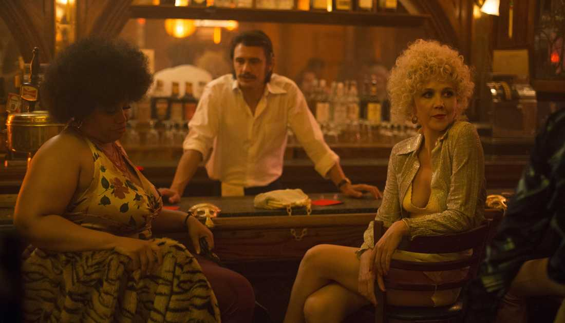 Thunderthighs (Pernell Walker), Vincent Martino (James Franco) och Eileen (Maggie Gyllenhaal).