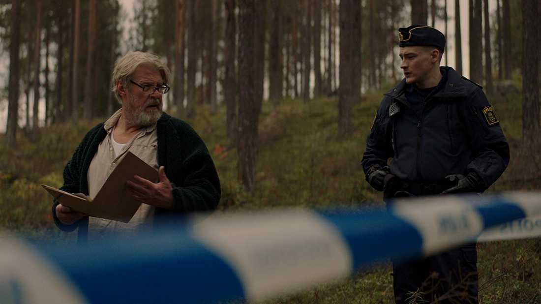 Rolf Lassgård och Johan Marenius Nordahl i Jägarna.