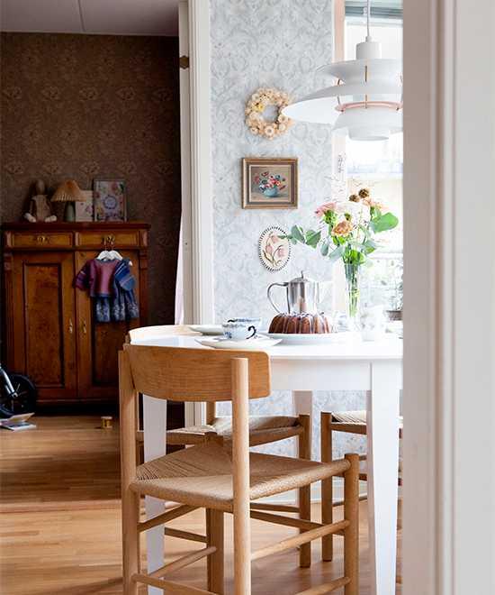 En påtår tack! Vintage och loppis i moderna trean i Hammarby sjöstad.