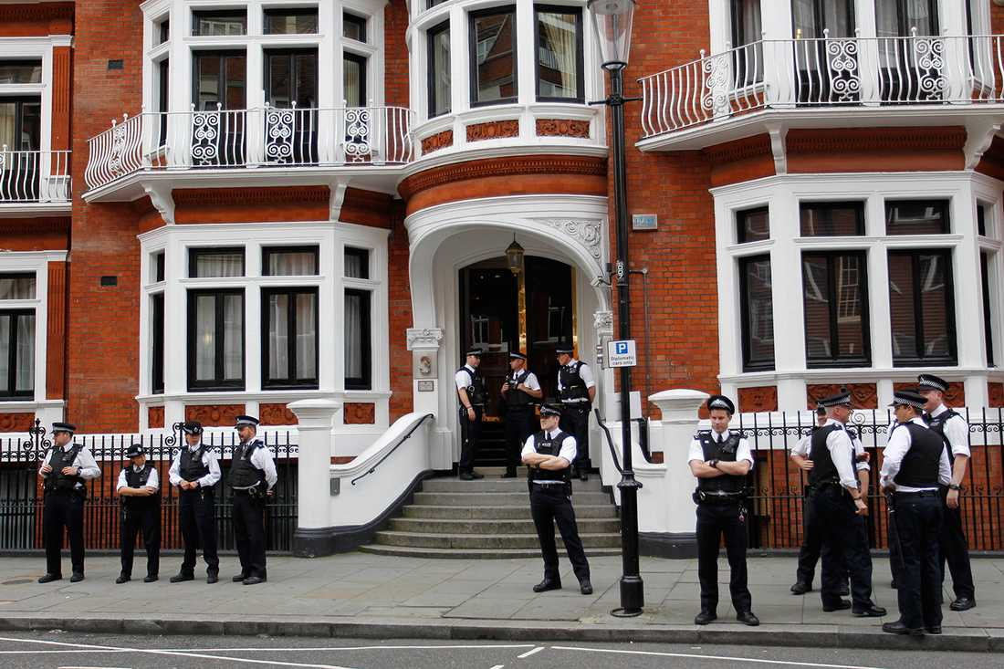 Ecuadors ambassadbyggnad i London där Julian Assange befinner sig.