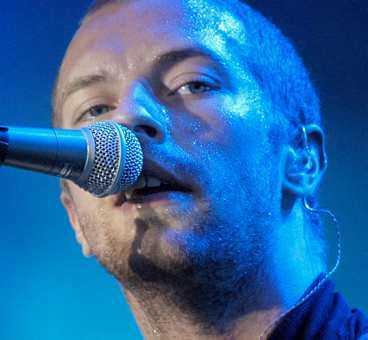 Chris Martin, sångare.