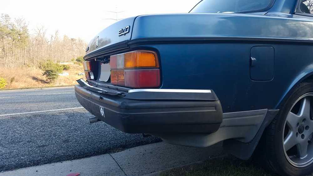 Volvon klarade sig till synes bra.