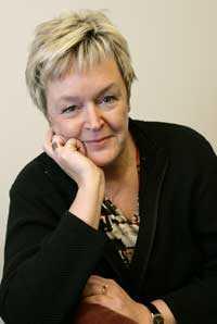 Birgitta Lindskog tvingades söka vård 17 mil hemifrån - men slapp vänta.