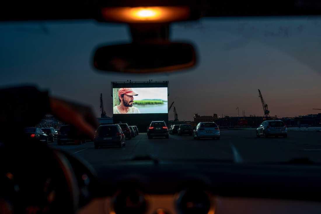 Inspirerade av drive in-bio på Bananpiren i Göteborg arrangerar Welfare Sounds nu en drive in-konsert med samma teknik. Arkivbild.
