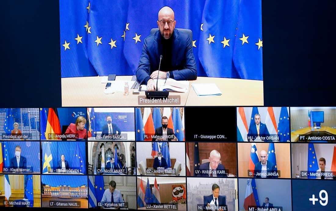 EU:s permanente rådsordförande Charles Michel håller webbtoppmöte med medlemsländernas stats- och regeringschefer.