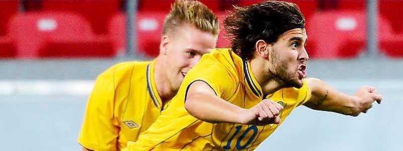 Astrit Ajdarevic och de andra svenska spelarna har en tuff uppgift framför sig i jakten på en plats i U21-EM.