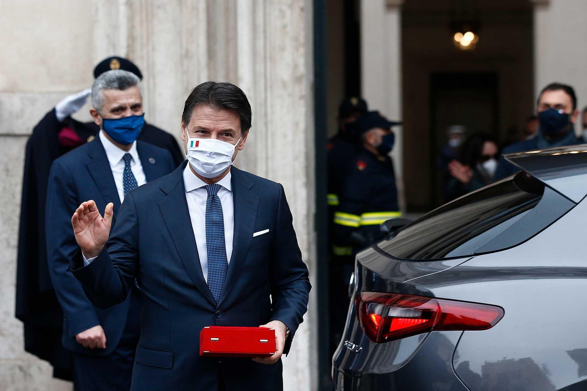 Giuseppe Conte när han avgått som premiärminister i februari i år. Nu har han utsetts till ledare för Femstjärnerörelsen. Arkivbild