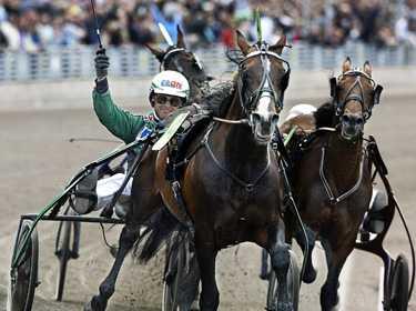 landskampen Duellen mellan svenska Gidde Palema och norska Steinlager fortsätter i Köpenhamn i dag. Efter den norska segern i Elitloppet är det nu fördel Gidde efter spårlottningen.