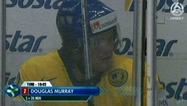 Doug Murray fick matchstraff.