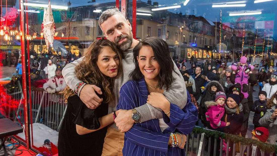 Farah Abadi, Kalle Zackari Wahlström och Molly Sandén var årets programledartrio i Musikhjälpen.