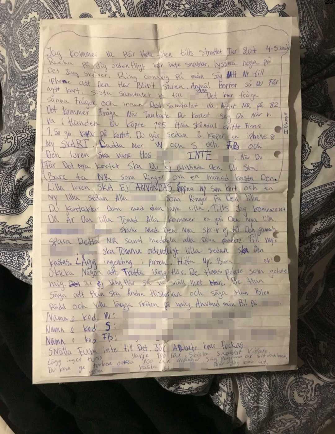 Brevet, som åklagaren menar, skickades från den häktade mannen till 19-åringen.