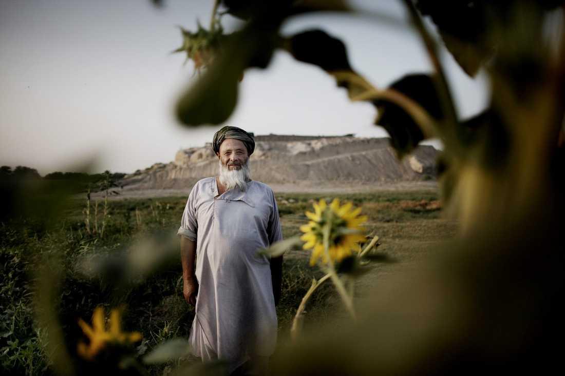 Barum hoppades att livet i byn Alizayi skulle bli bättre när de svenska soldaterna kom. Så blev det inte.