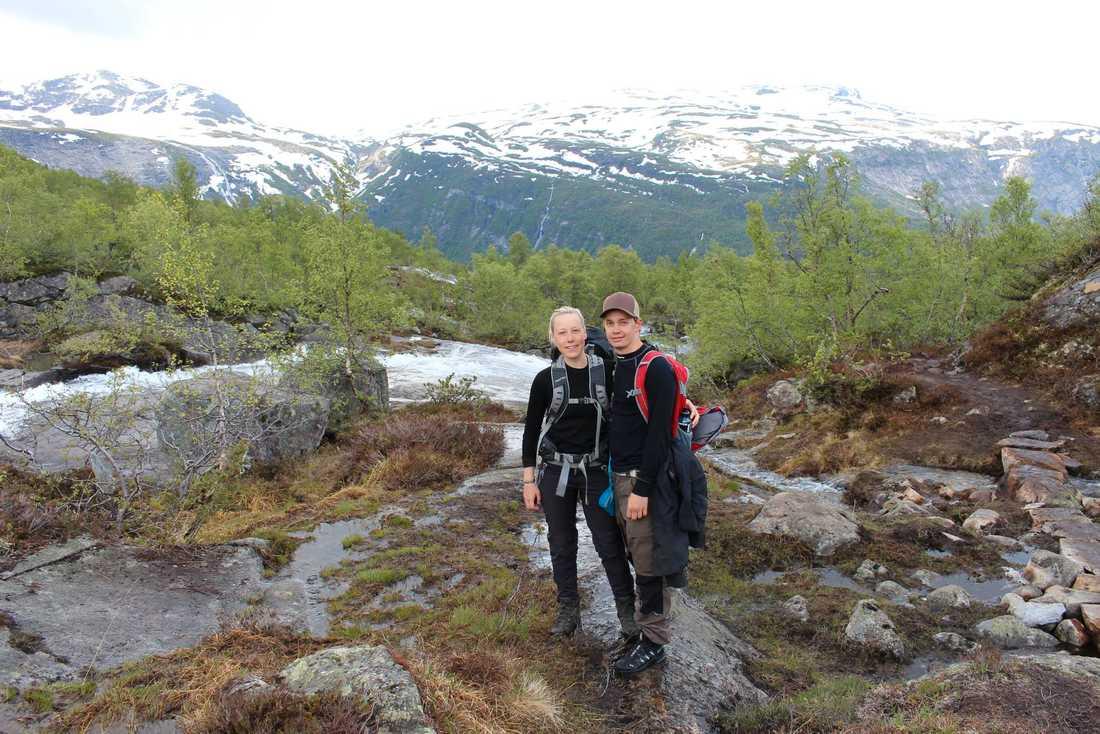 Mikaela och Andreas vid en tidigare resa i Norge.