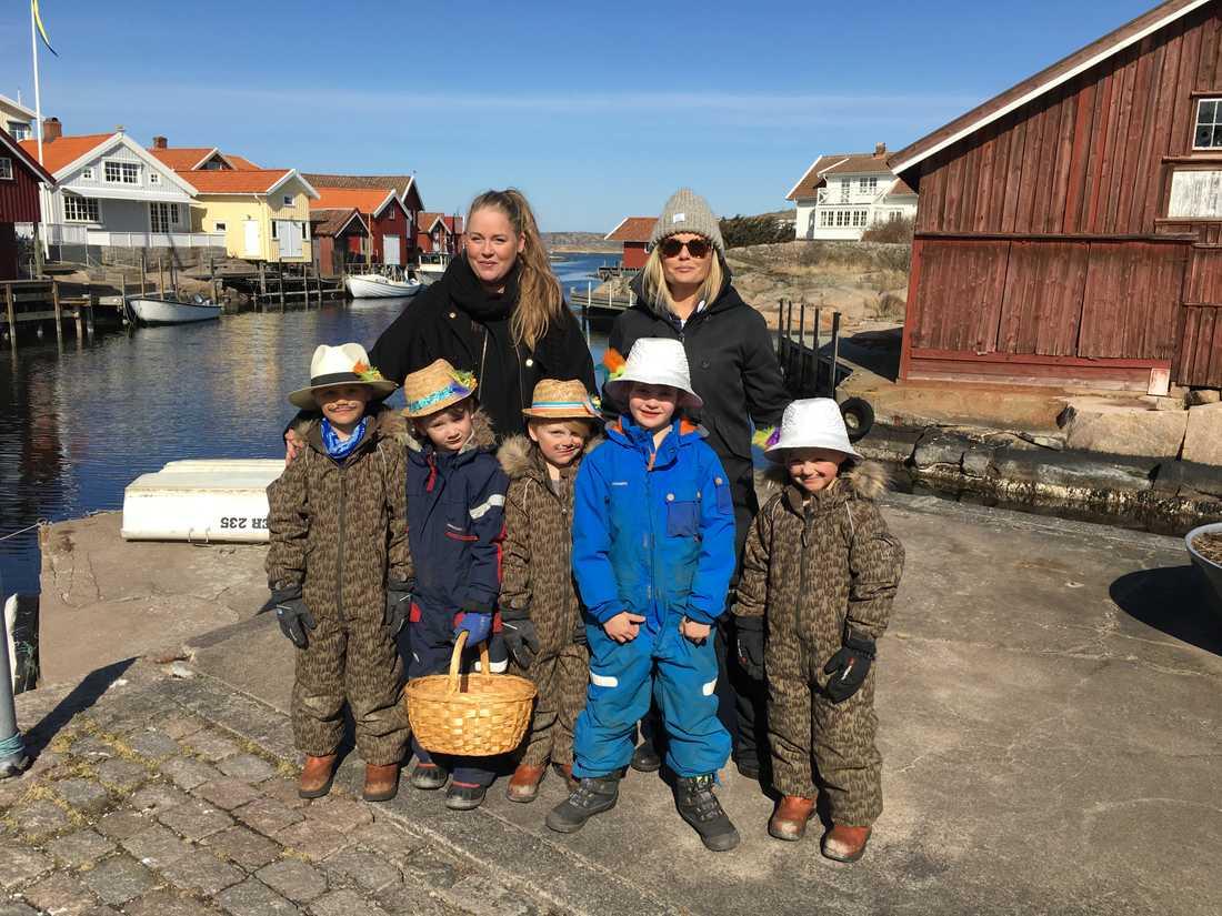Bakre raden från vänster: Linda och Susanna. Främre raden från vänster: Melker, Ebbe, Pelle, Malte och Olle