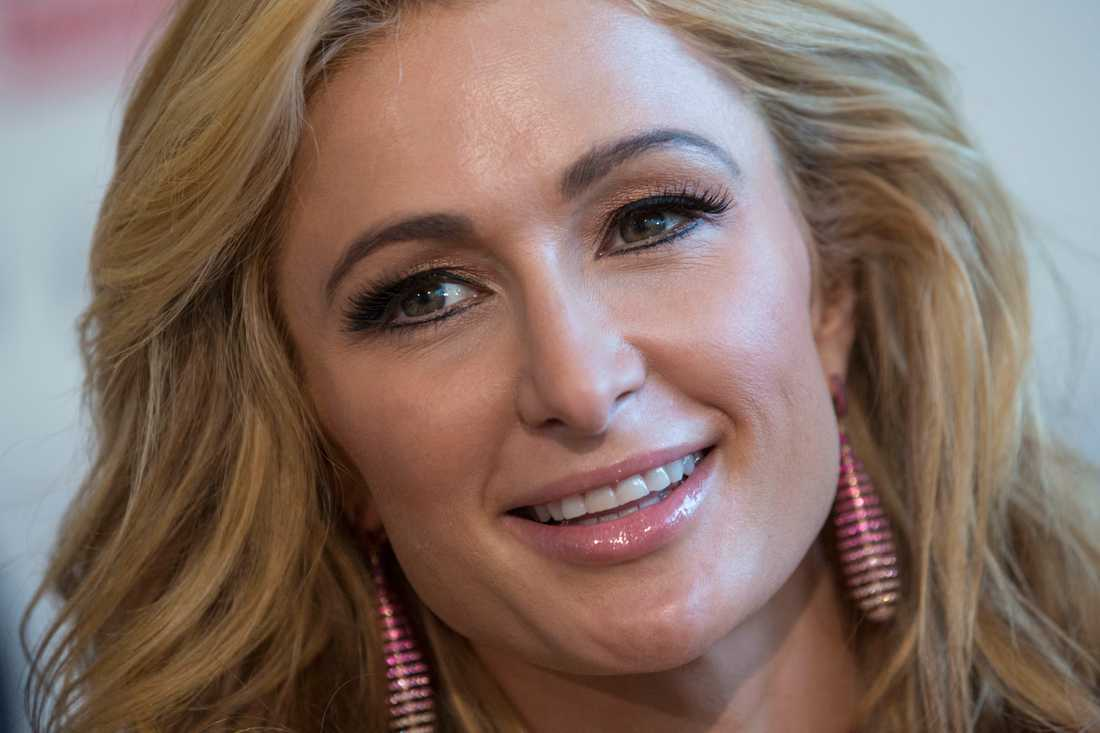 """Paris Hilton är tillbaka, nu med den egna dokumentären """"This is Paris""""."""