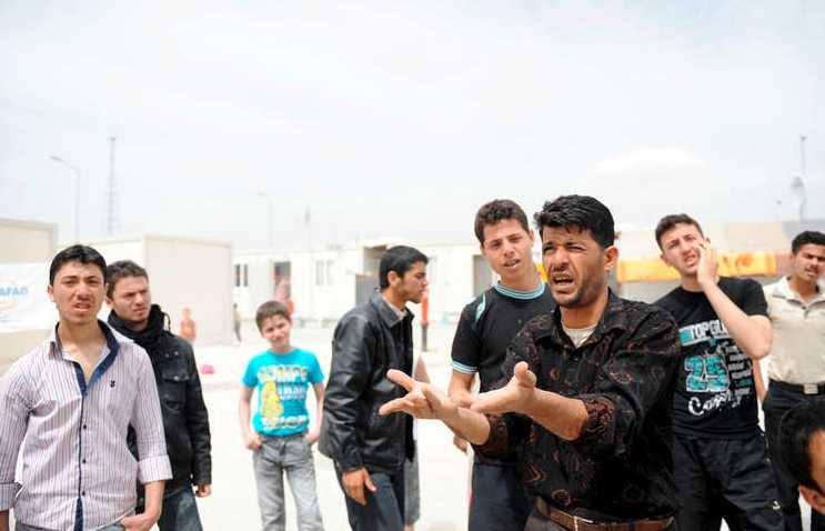 Syriska flyktingar i lägret Oncupinar.