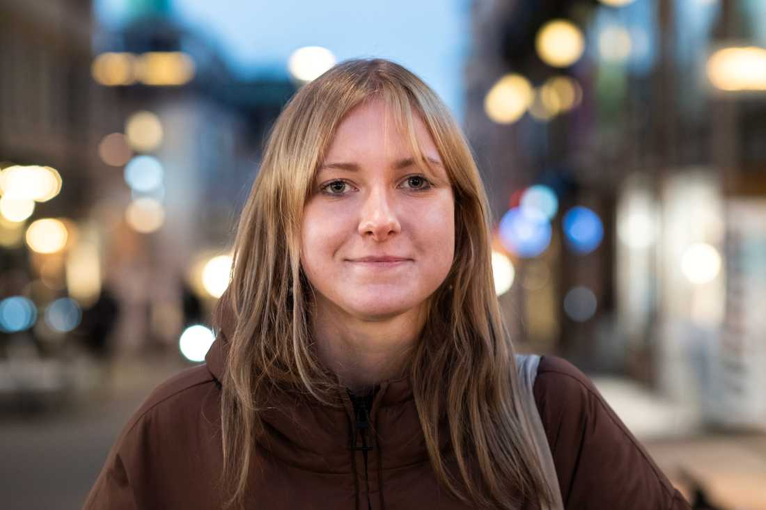 Hanna Sandström tycker att myndigheterna har lyckats nå ut med sina budskap men tror inte att unga har velat ta till sig råden.