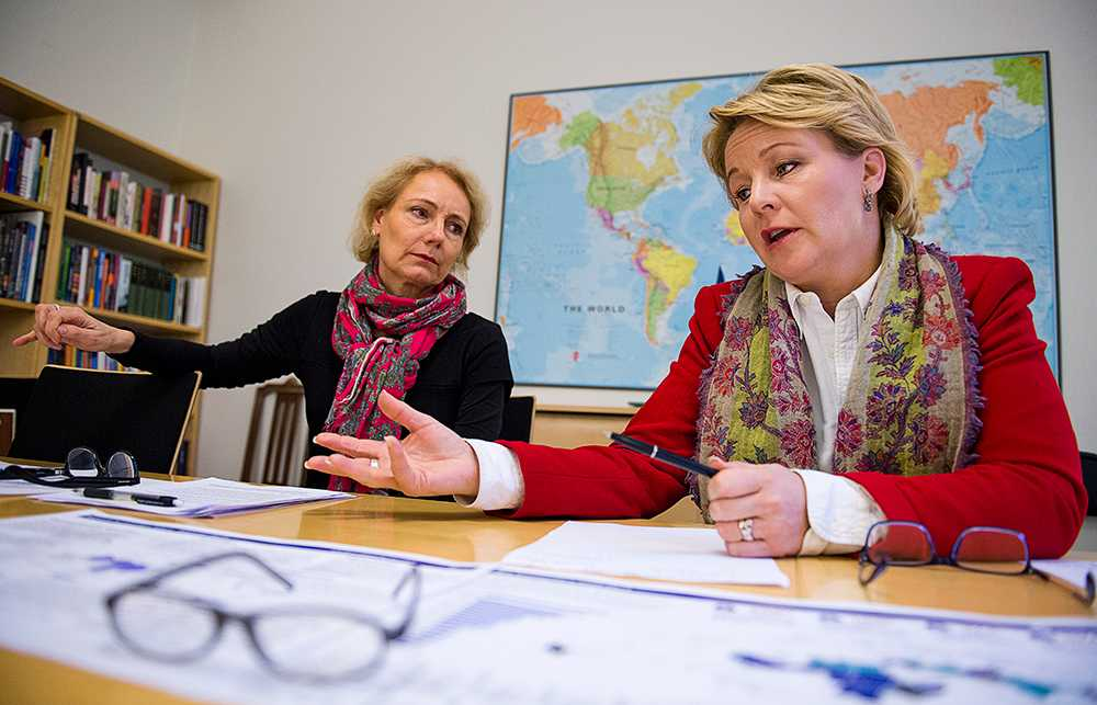 Sida-chefen Charlotte Petri Gornitzka och biståndsminister Hillevi Engström