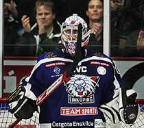 STANNAR Rastislav Stana blir kvar i LHC i två säsonger till.