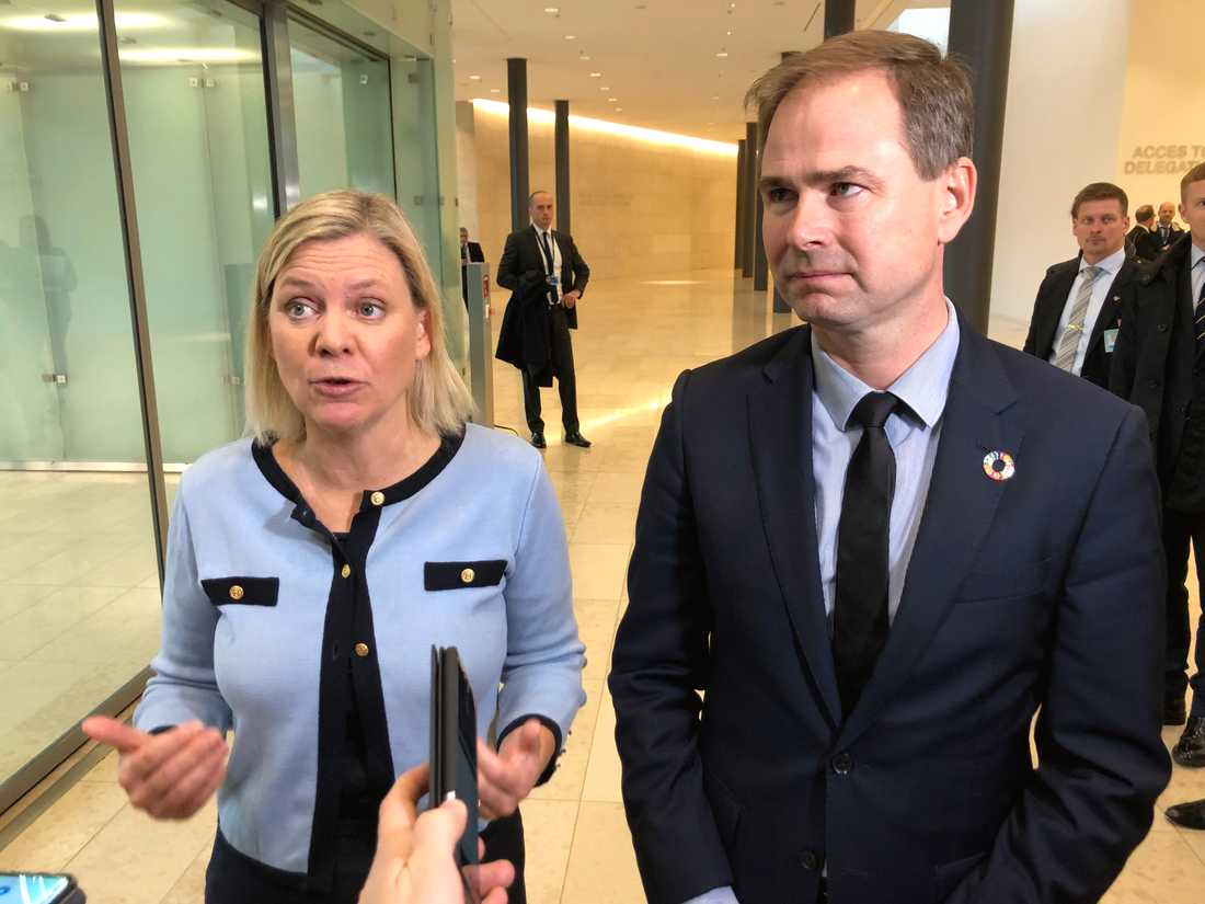 Finansminister Magdalena Andersson och hennes danske kollega Nicolai Wammen talade i oktober gemensamt om vikten av en sparsam EU-budget. Arkivbild.