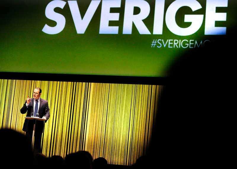 Står emot. Enligt Anders Borg finns det inte utrymme för satsningar på a-kassan. Men en tredjedel av de 116 moderater som Aftonbladet pratat med håller inte med finansministern.